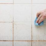 Gạch ốp tường bị ố vàng - nguyên nhân và cách xử lý